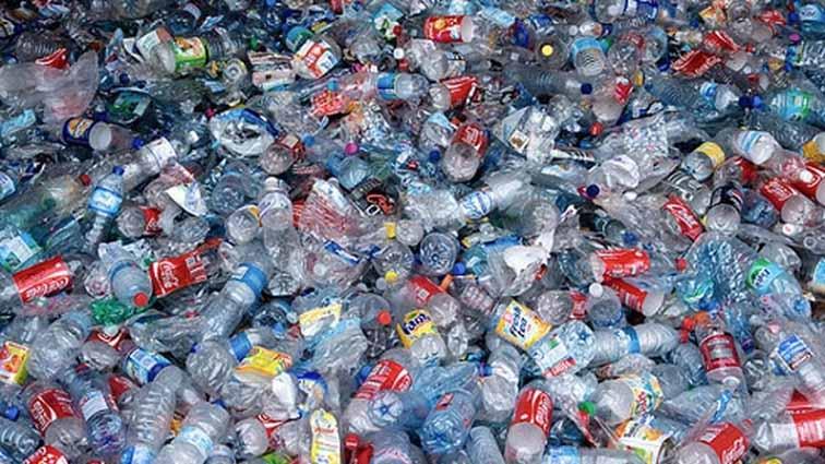 convertir-plasticos-en-productos-quimicos-quito